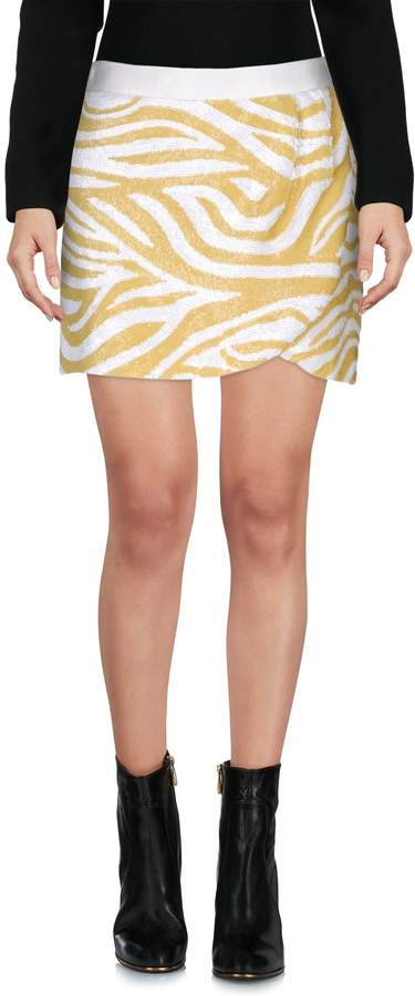 Bea Yuk Mui BEAYUKMUI Mini skirts - Item 35299560