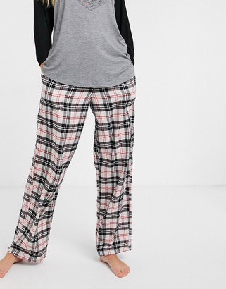 DKNY flannel bottoms in beige check