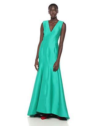 Halston Women's Sleeveless V Neck Fitted Structure Gown