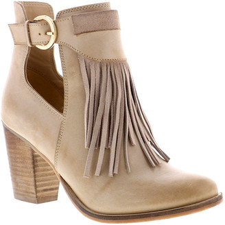 Sbicca Women's Casual boots BEIGE - Beige Quimby Leather Bootie - Women