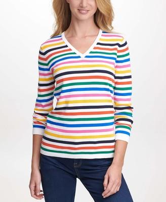 Tommy Hilfiger Women's Fit V-Neck Sweater