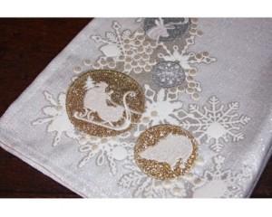 "Manor Luxe Christmas Ornaments Christmas Tea Towel, 17"" x 27"""