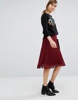 Vero Moda Pleated Skirt
