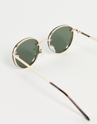 Quay Farrah unisex round sunglasses in gold with green lens