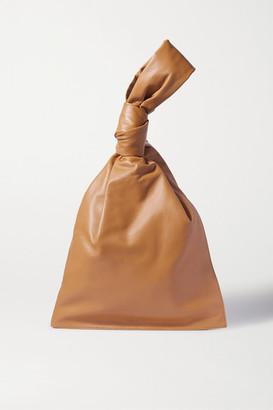 Bottega Veneta Twist Knotted Leather Clutch - Light brown
