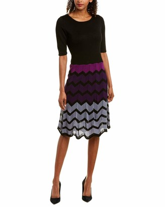 Gabby Skye Women's Elbow Sleeved Chevron Sweater Dress