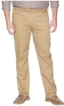 Dockers Big Tall Classic Fit New Standard Jean Cut (New British Khaki) Men's Casual Pants