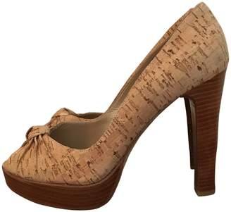 Stuart Weitzman \N Camel Leather Heels