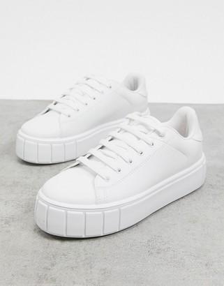 Schuh Mavis flatform lace-up sneaker in white