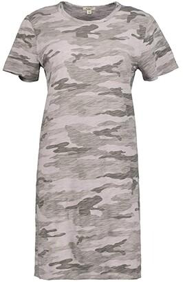 True Grit Dylan by Camo Chic Crew Neck T-Shirt Dress (Coastal Sage) Women's Clothing