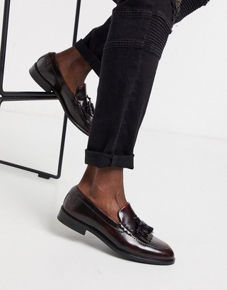 Twisted Tailor high shine loafer with tassels in burgundy
