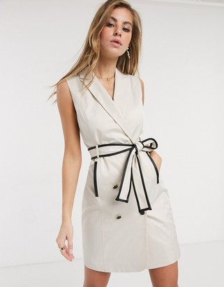 Morgan sleeveless tuxedo dress with contrast belt detail in cream