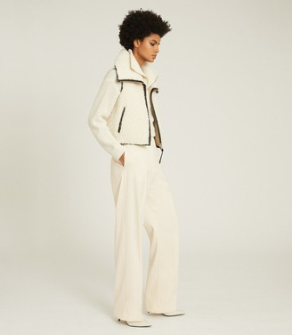 Reiss Leila - Shearling Gilet in White/Black