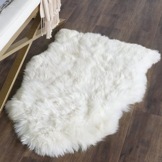 Safavieh Sheep Skin Jeptha Solid Area Rug or Runner