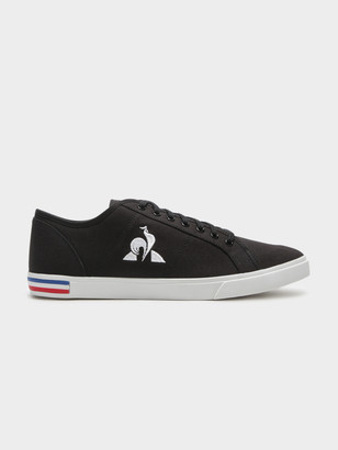 Le Coq Sportif Mens Verdon Sneakers in Black