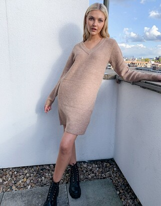 Pieces jumper dress with v neck in camel