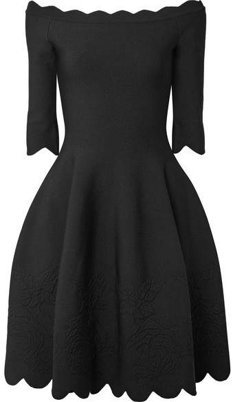 Alexander McQueen Off-the-shoulder Scalloped Stretch-jacquard Dress - Black