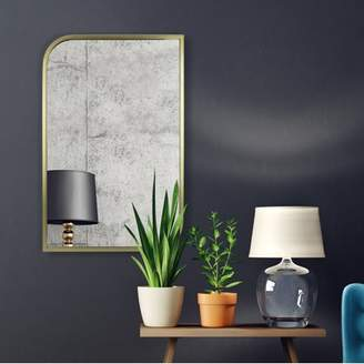 Patton Wall Decor Gold Metal Rounded and Pointed Rectangular Wall Mirror