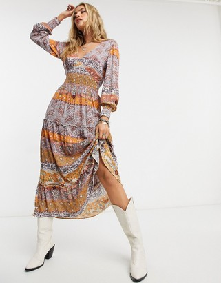 Vila boho maxi dress with long sleeves in paisely print