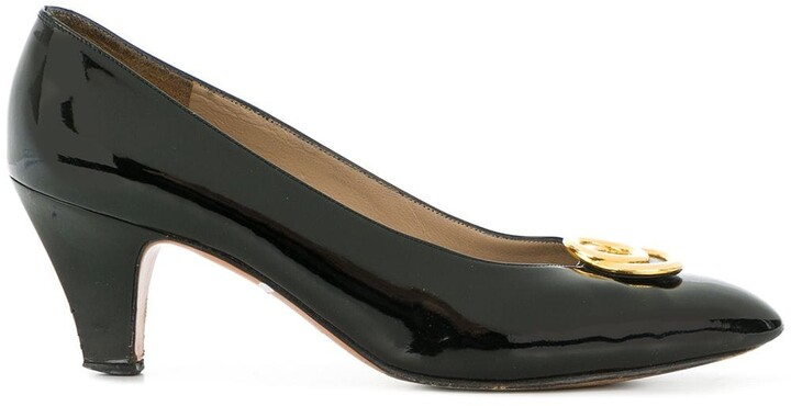 Salvatore Ferragamo Pre-Owned metal plaque pumps