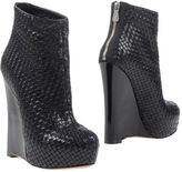 Alejandro Ingelmo Ankle boots