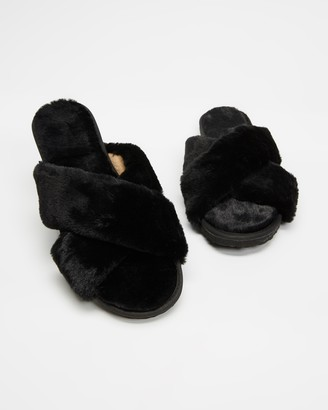 Spurr Women's Black Slippers - Cozy Slippers - Size 5 at The Iconic