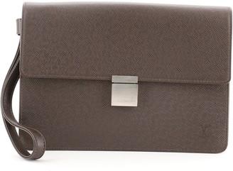 Louis Vuitton Selenga Pouch Taiga Leather