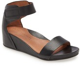 Kenneth Cole Gentle Souls By Gentle Souls Signature Gianna Wedge Sandal