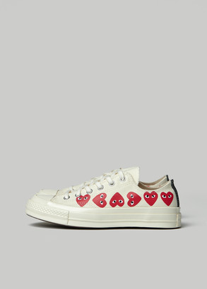 Comme des Garcons Women's Play Converse Low Chuck Taylor Multi Heart Sneaker in Off White Size 8 Textile/Canvas