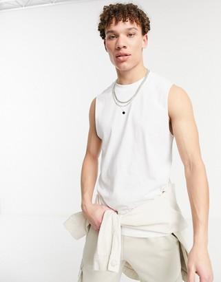 New Look sleeveless tank in white