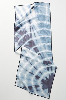 Manduka Yogitoes Yoga Mat Towel By in Blue