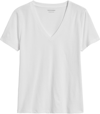 Banana Republic SUPIMA Cotton V-Neck T-Shirt