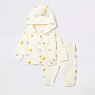 River Island Baby cream knit hooded cardigan outfit