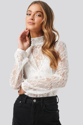 NA-KD High Neck Lace Top Pink
