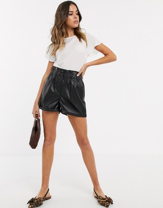 New Look paperbag leather look shorts in black