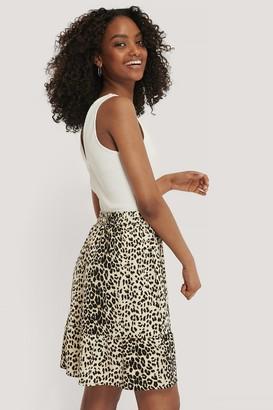 NA-KD Elastic Waist Flowy Mini Skirt