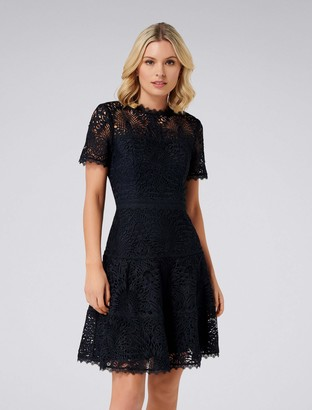 Forever New Jenni Petite Lace Prom Dress - Navy - 4