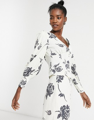 Glamorous corset waist top with balloon sleeves in bold floral two-piece