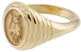 Retrouvaí 14kt Yellow Gold Owl Signet Ring