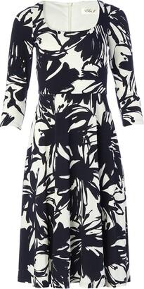 Brinker & Eliza Women's Petite 3/4 Sleeve Scoop Neck Printed FIT and Flare Dress