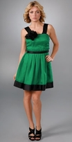 Sleeveless Dress with Rosette Brooches