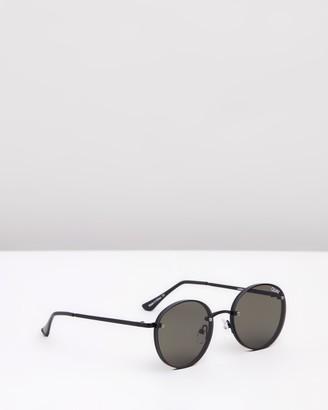 Quay x Elle Ferguson Farrah Black Round Sunglasses