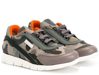 Am66 Camouflage Print Sneakers