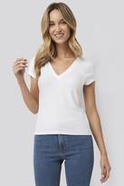 NA-KD Pamela X Deep V-Neck T-shirt White