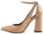 GUESS Womens Braya Pointed Toe Ankle Strap Classic Pumps Tan