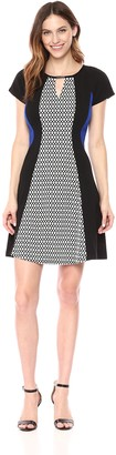 Sandra Darren Women's 1 PC Extended Shoulder Printed Puff Scuba Crepe Dress
