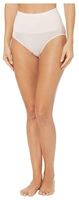 Yummie Ultralight Seamless Lace Smoothing Brief with Contrast Tipping (Almond/Lace) Women's Underwear