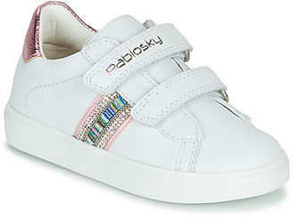 Pablosky Kids girls's Shoes (Trainers) in White