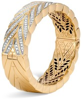 John Hardy 18K Yellow Gold Modern Chain Large Hinged Diamond Bangle
