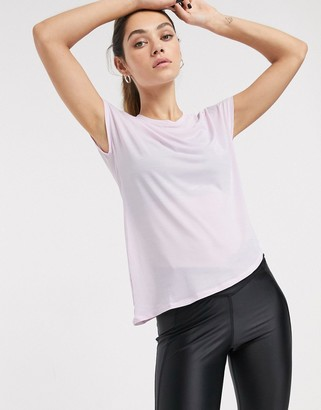 Reebok training t-shirt with side tie unpink